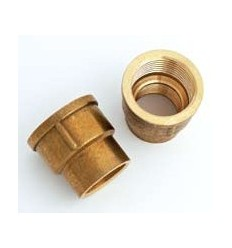 "Brass Socket 3/4"" X 1/2"""